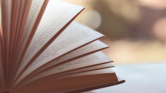 8 Bücher für ein Leben mit mehr Energie